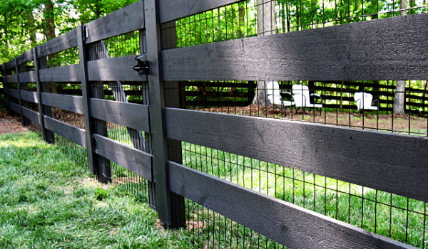 wire fence a great look low wood wire fence low wood wire fence 2 wood ...