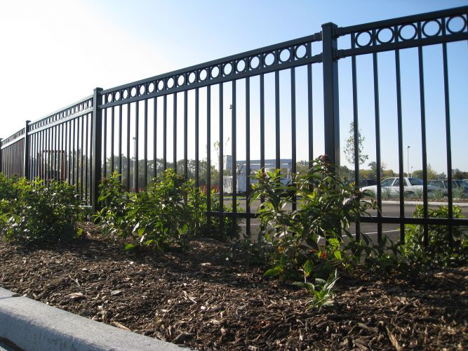 Florida Fence Contractor Aluminum Fence Look Clean And Are