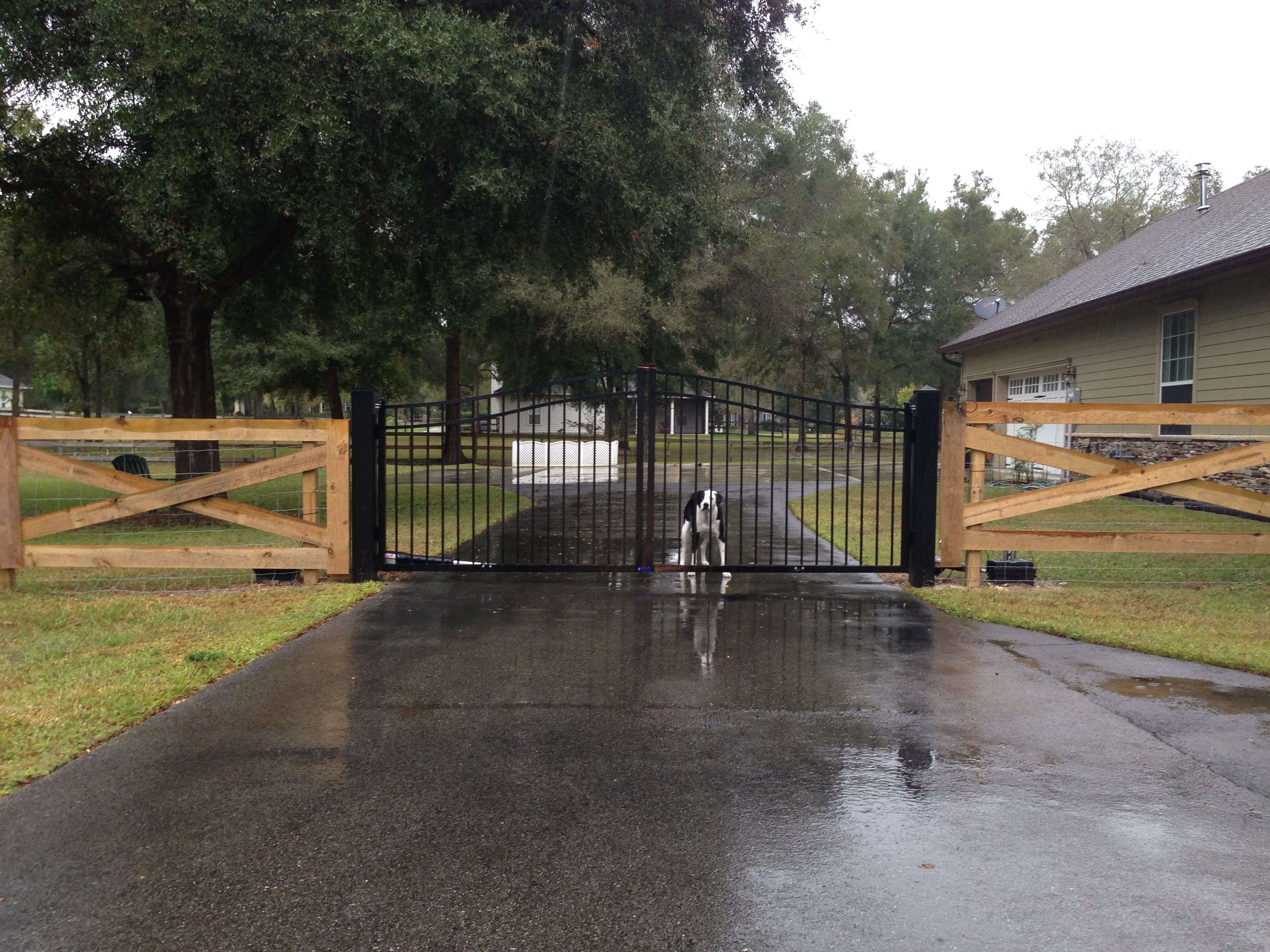 Florida Fence Contractor Fenced UP- Barbed Wire, Woven Wire, Wood ...